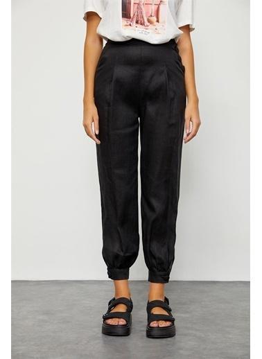 Setre Siyah Düğme Detaylı Keten Pantolon Siyah